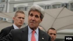 """Ngoại trưởng Kerry nói ông hy vọng các nhà làm luật sẽ để cho ông có đủ không gian để """"hoàn thành một nhiệm vụ rất khó khăn"""""""