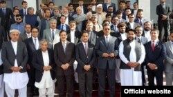افغان قانون سازوں کے ساتھ پاکستانی وفد کا گروپ فوٹو