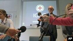 Uluslararası Kızıl Haç Başkanı Jakob Kellenberger Cenevre'de açıklama yaparken..