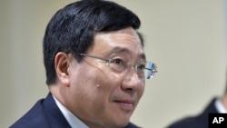 فام بین مین وزیر خارجه ویتنام - آرشیو