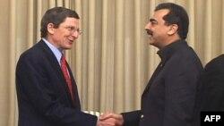 SHBA dhe Pakistani vazhdojnë bisedimet për përmirësimin e marrëdhënieve