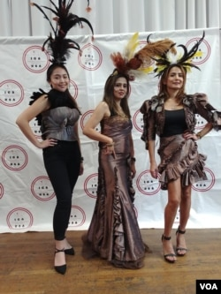 Fashion Show bertema Papua di New York (VOA/Naratama).