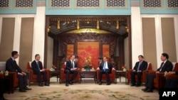 特斯拉公司首席执行官埃隆·马斯克与中国总理李克强2019年1月9日在北京中南海会晤