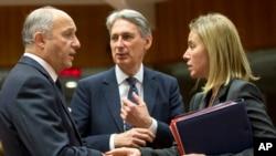 Các vị ngoại trưởng EU họp bàn tại Brussels, Bỉ, ngày 19/1/2015.