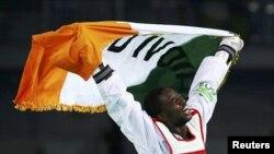 Cheick Sallah Cissé de la Côte d'Ivoire, médaillé d'or en taekwondo aux jeux olympiques de Rio au Brésil.