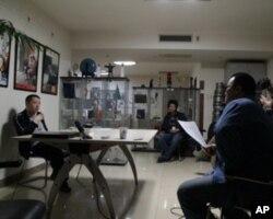 導演賈樟軻在接受採訪