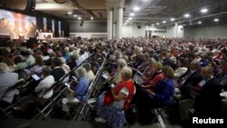 Thousands attend a church service during the General Convention of the Episcopal Church in Salt Lake City, Utah June 28, 2015.