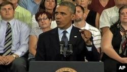 奥巴马总统对田纳西工人发表讲话。