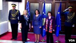 Hillary Clinton, Atifete Jahjaga dhe Catherine Ashton