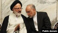 اصغر حجازی در کنار علی اکبر صالحی - فروردین ۱۳۹۴