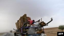Les déplacés syriens de Deir Ezzor au camp des refugies de Raqa. 24 Septembre 2017