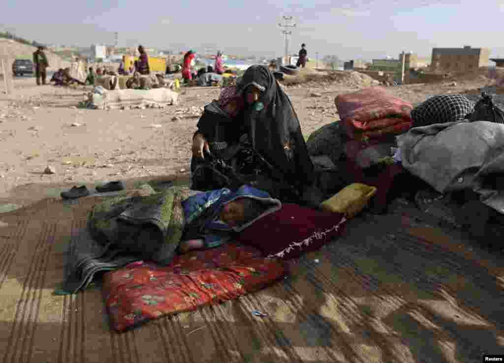 بے گھر ہونے والے افغانوں کی سب سے بڑی وجہ جنگ یا کسی بھی نوعیت کا دوسرا مسلح تنازعہ ہے۔