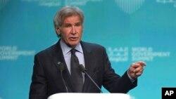 Aktor dan aktivis lingkungan Harrison Ford berbicara dalam KTT lingkungan (foto: dok).
