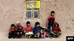 فشار های اقتصادی،ناامنی ها،عدم موجودیت فرصت های از جمله عواملی است که سبب افزایش سفرهای اطفال بدون همراه شده است.
