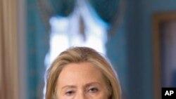 希拉里.克林頓認為國際社會應該要求阿薩德下台。