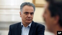 Menteri Dalam Negeri Yunani, Panos Skourletis (foto: dok).