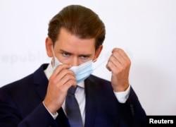 Avusturya Başbakanı Sebastian Kurz t