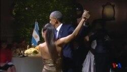 Le pésident Barack Obama danse le tango en Argentine