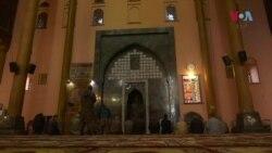 کشمیر کی تاریخی جامع مسجد نمازیوں کے لیے کھل گئی