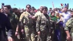Amerikalı Askeri Yetkili Hava Operasyonu Sonrası YPG'nin Kontrolündeki Bölgeyi İnceledi