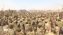 Les difficultés économiques creusent un fossé entre militaires et civils au Soudan