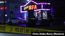 پولیس نے فائرنگ کے الزام میں 21 سالہ نوجوان کو حراست میں لے لیا ہے۔ (رائٹرز)