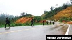 """ကရင္လူထု အေျချပဳအဖြဲ႕အစည္း(၃)ဖြဲ႕ကေန ထုတ္ေ၀ခဲ့တဲ့ လွပေသာ စကားလံုုးမ်ားႏွင့္ အက်ည္းတန္ ရုုပ္ဆိုုးေသာလုုပ္ ရပ္မ်ား၊ အာရွအေဝးေျပး လမ္းမၾကီး၊ ကရင္ျပည္နယ္၊ျမန္မာႏိုင္ငံ""""အစီရင္ခံစာ """"Beautiful Word, Ugly Actions: The Asian Highway in Karen State"""""""