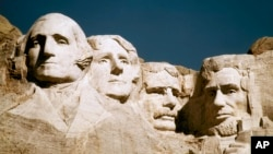 The statues of George Washington, Thomas Jefferson, Teddy Roosevelt and Abraham Lincoln at Mount Rushmore in South Dakota. (file)