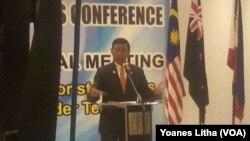 Menkopolhukam Wiranto dalam konferensi pers setelah pertemuan Sub Regional Meeting 6 negara di Manado 29 Juli 2017.