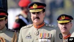 پاکستان کی بری فوج کے سربراہ جنرل راحیل شریف (فائل فوٹو)