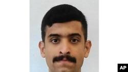 ພາບຖ່າຍນີ້ ບໍ່ໄດ້ລະບຸວັນເວລາ ສະໜອງໂດຍ ອົງການສັນຕິບານກາງ FBI ຂອງສະຫະລັດ ສະແດງໃຫ້ເຫັນ ທ້າວ ໂມຮຳເມັດ ອາລຊາມຣານີ (Mohammed Alshamrani).