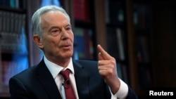 Tony Blair, antigo primeiro-ministro britânico, fala em Londres, 18 de Dezembro de 2019