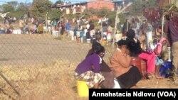 Abantu bakoBulawayo belayinele ukuthola amanzi