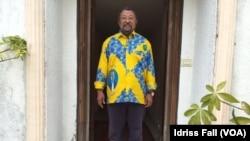 加蓬反对派总统候选人、华人移民的儿子让平(2016年8月26日)