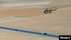 یک هلیکوپتر ارتش افغانستان صبح امروز در غرب این کشور سقوط کرد.
