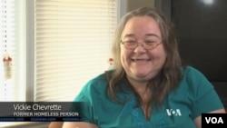 Viki Ševret, bivša beskućnica koja je dobila kuću zahvaljujući donaciji Doris Bafet