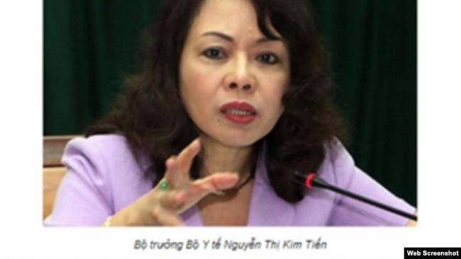 """Bộ trưởng Y tế Nguyễn Thị Kim Tiến cho rằng """"việc sử dụng rượu, bia ở Việt Nam đã gây ra những hậu quả nghiêm trọng""""."""