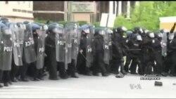 Щоб вирішити кризу поліція Балтимора звернулась до проблемних підлітків. Відео