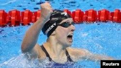 美國泳壇新秀萊德基星期日在里約奧運會上刷新了她自己創造的女子400米自由泳的世界紀錄。