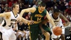 美国全国大学体育协会篮球联赛