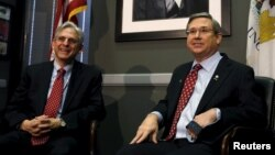 Republican Senator Mark Kirk meets with President Barack Obama's Supreme Court nominee Merrick Garland (L), on Capitol Hill in Washington, March 29, 2016.