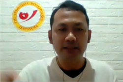 Direktur The Indonesia Intelligence Institute, Ridlwan Habib, dalam tangkapan layar.