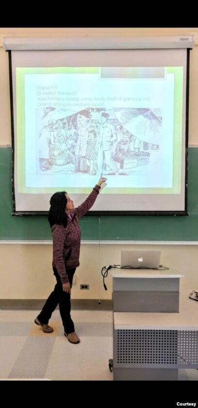 Niniek Lunde, pengajar bahasa Indonesia sejak tahun 1993 di University of California, Berkeley.(Foto: Dokumentasi Pribadi)