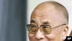 马英九政府同意达赖喇嘛来台为灾民祈福