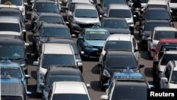 جکارتا میں ٹریفک کا مسئلہ بھی دیرینہ ہے۔