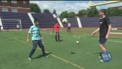 Гра футболу інтегрує біженців у Вашингтоні. Відео