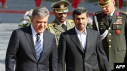 Presidenti i Turqisë Adullah Gul viziton Iranin