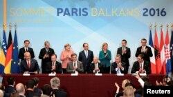 European leaders and leaders from Balkan nations met during a Balkan summit in Paris, July 4, 2016.