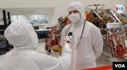 La VOA conversó con Ray Baker, gerente de sistemas de vuelo del Mars 2020.