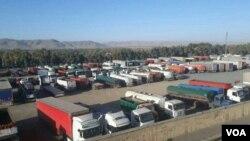 عکسی از اعتصاب کامیونداران در شیراز در روز پنجشنبه ۵ مهر